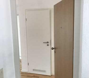 Erstbezug nach Sanierung: stilvolle 2-Zimmer-Wohnung mit Balkon in Neuffen