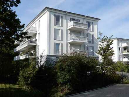Exklusive, geräumige und neuwertige 4-Zimmer-Penthouse-Wohnung mit 2 großen Balkonen in Dortmund