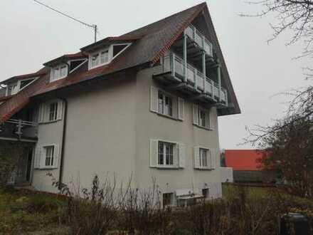 In Top-Aussichtslage sehr helle 3 Zimmer DG-Wohnung