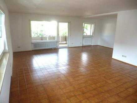 Großzügige 3 1/2 Zimmer-Wohnung - vorzugsweise an Single - in Leimen-St.Ilgen