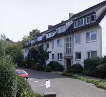 Ansprechende 3-Zimmer-Wohnung mit Balkon und Einbauküche in Bremen