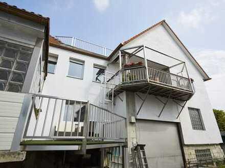 ohne Makler Mehrfamilienhaus mit Ausbaupotenzial in Frankfurt am Main, Rödelheim