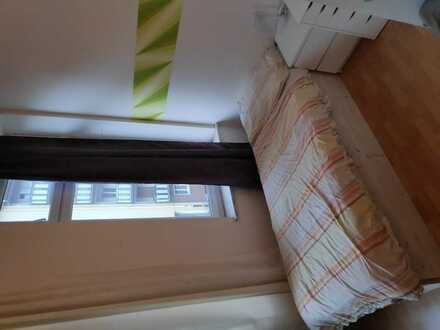 Zimmer in cooler 4er WG am Marienplatz 2