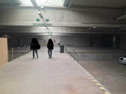 Lagerhalle mit 700 Freifläche ab 1.4.2020