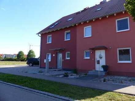 Schönes, geräumiges Haus mit sechs Zimmern in Augsburg (Kreis), Bobingen