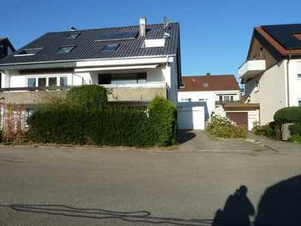 Schönes, geräumiges Haus mit fünf Zimmern in Wolfschlugen, Esslingen (Kreis)