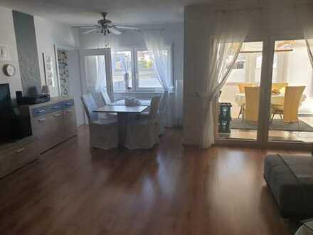 Provisionsfrei 4,5 Zimmerwohnung über 2 Etagen in Riedstadt