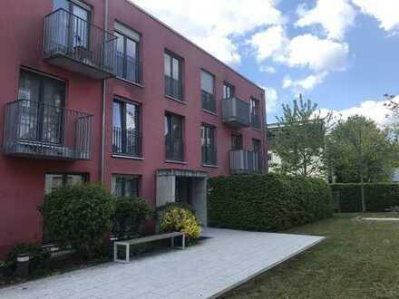 Modern möblierte 4-Zimmer-Wohnung in Hadern