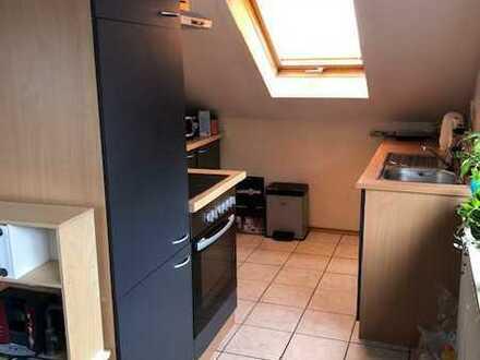 Gepflegte DG-Wohnung mit Einbauküche in Wittlich-Wengerohr