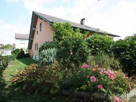 Großzügiges, schönes 1-2 Familienhaus im Süden von Ingolstadt, 240 qm Wfl., 700 qm Grund