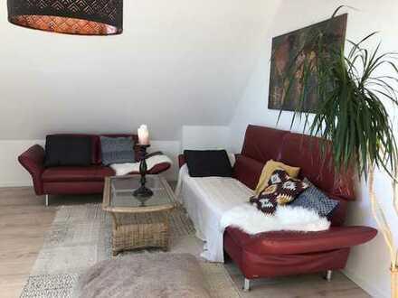 Ruhige, Helle 2,5-Zimmer Maisonettewohnung in guter Lage