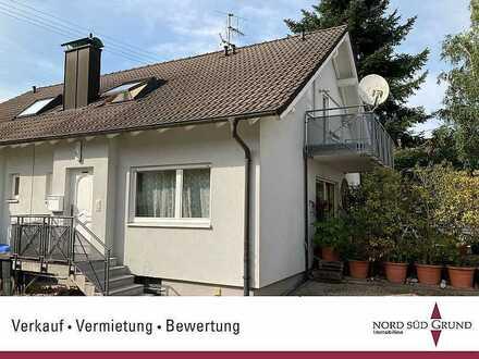 Doppelhaushälfte mit 179 m² Wohn-/Nutzfläche auf 3 Etagen. 189 m² Grundstück.