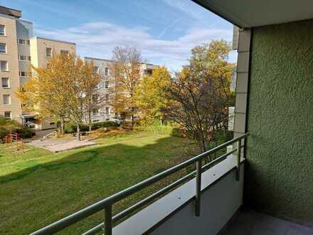 Erstbezug nach Sanierung: 3-Zimmer-Wohnung mit Balkon in Pforzheim