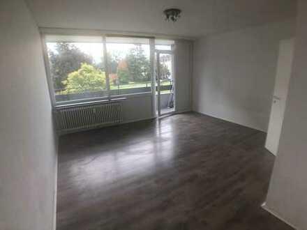 Freundliche 1-Zimmer-Wohnung mit Balkon in Krefeld