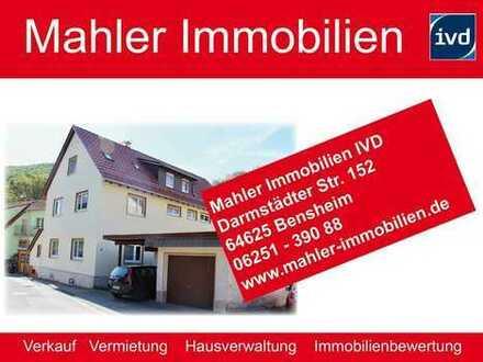 Gepflegtes Dreifamilienhaus mit Doppelgarage und Baugrundstück in Elmshausen