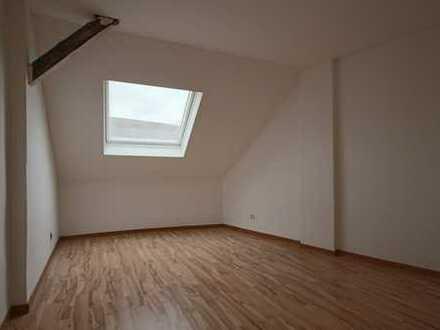 Attraktive, kleine Dachgeschosswohnung in Dortmund