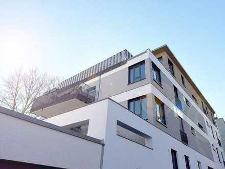 NEU! - Einmaliges Penthouse * sehr große Terrasse * Kamin * 2 Bäder * EBK * Tiefgarage * FB-Heizung