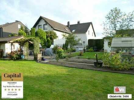 Freistehendes und komplett freiwerdendes Zweifamilienhaus in Oberhausen-Bermensfeld