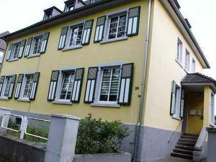 Freundliche 4-Zimmer-Erdgeschosswohnung mit Balkon und Garten in Bergheim