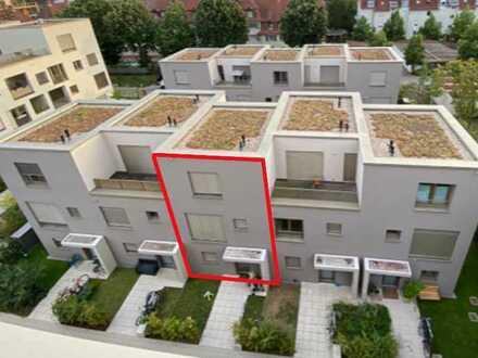 Modernes Reihenhaus mit hochwertiger Einbauküche und TG-Stellplatz in ruhiger, zentraler Wohnlage