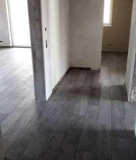 Großzügige 5-Zimmer-Neubauwohnung mit Balkon in Karlsbad