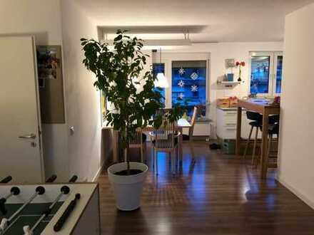 Helle 3-Zimmer-Wohnung mit 2 Balkonen in Aschaffenburg/Schweinheim