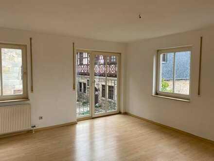 Zentral gelegene 2-Zimmer-Wohnung in Eisfeld/Thüringen