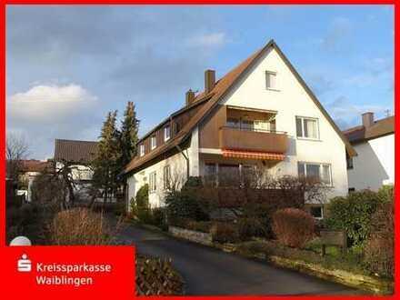 Gepflegtes Zweifamilienhaus mit Traumgrundstück in Backnang-Steinbach