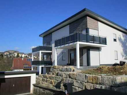 Neuwertige Wohnung mit Balkon in Hachenburg (ruhige und zentrale Lage)