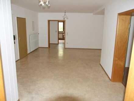 5-Zimmer/Küche/Bad-Wohnung mit Terrasse in Euerdorf