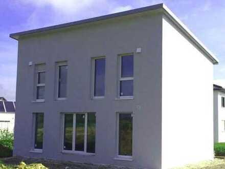 Kleineres **Neubau** Einfamilienhaus m. Pultdach nähe Riedlingen