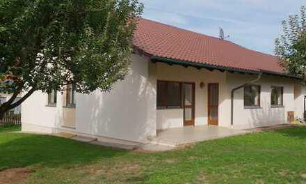 Schönes, freistehendes Einfamilienhaus in Eichendorf, Erstbezug nach Renovierung