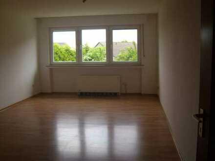 Großraumappartement mit EBK und PKW Stellplatz in Dortmund