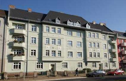 Bild_Kernsanierte 2,5 Raum-Wohnung mit zwei Balkonen im Zentrum/Bahnhofsnähe