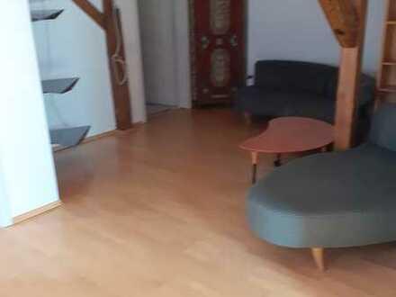 Attraktive 2-Zimmer-Wohnung mit Einbauküche in Harburg