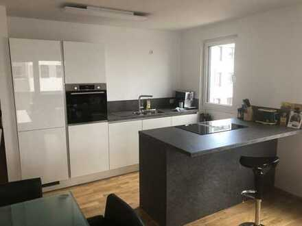 NEUBAU: Sofort bezugsfertig: 3-Zimmer-Wohnung - sehr hochwertig. Wenn gewünscht mit neuer EBK.