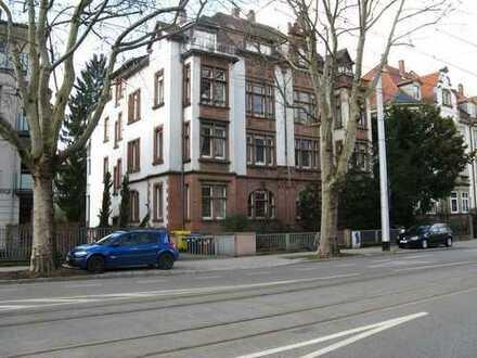 Heidelberg-Neuenheim : Stilvolle Stadtwohnung in bester Villenlage