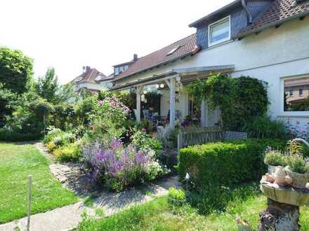Zwei Wohnungen mit großem Garten im Herzen Barsinghausens