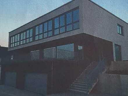 Schönes, geräumiges Haus mit fünf Zimmern in Igersheim, Kirchberg