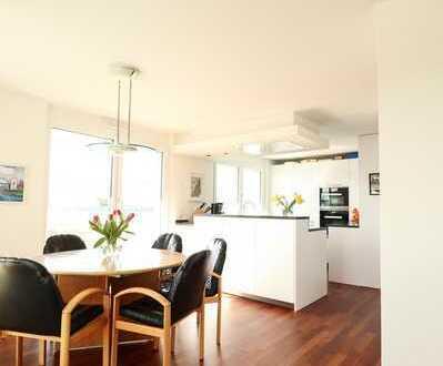 Moderne und helle 4-Zimmer-Penthouse-Wohnung im Zentrum von Tamm