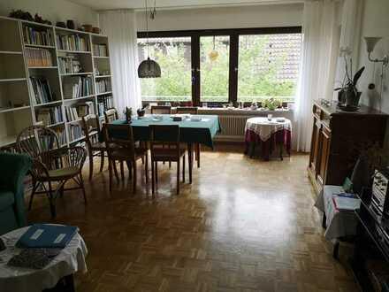 Großzügige, helle 3-Zimmer-Wohnung mit Tageslichtbad und Loggia in Stuttgart-Riedenberg
