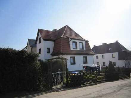 Ansprechende, sanierte 2-Zimmer-Erdgeschosswohnung zur Miete in Zwickau