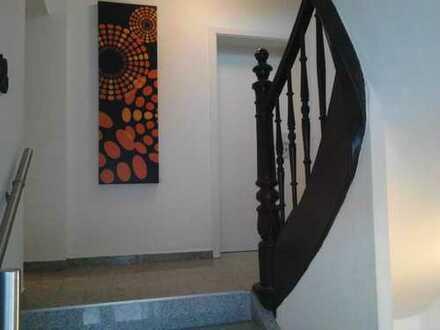 Schöne zwei Zimmer Wohnung in Augsburg, Pfersee, provisionsfrei