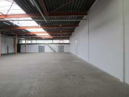 Saubere Hallen-, Büro-, Sozialflächen in beliebter Lage