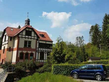 Grosszügige 4-Zimmer-Wohnung mit Veranda in Augustusburg