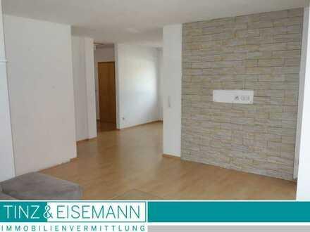 Bezugsfreie 3,5 ZKB Maisonettewohnung mit Balkon u. Stellplatz in Kraichtal-Unteröwisheim
