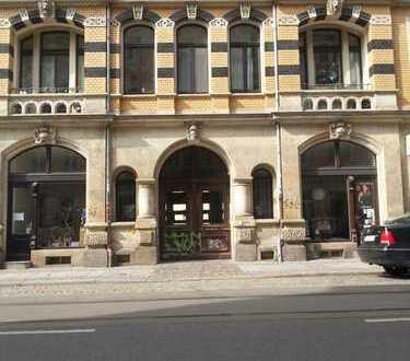 WG an der KUNSTHOF-PASSAGE Altbau, Balkon, Gartenhaus, 2.OG ruhig