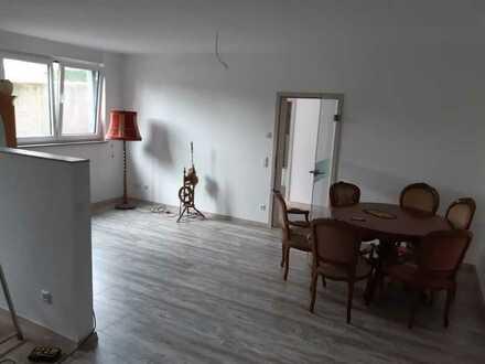 Schöne 3-Zimmer-Wohnung mit gehobener Innenausstattung in Essingen