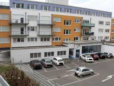 *2 ZKB Wohnung mit Balkon und EBK*