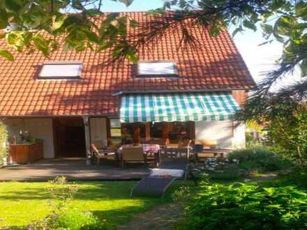 Doppelhaushälfte in Top Lage in Bruchsal mit idylischem Garten
